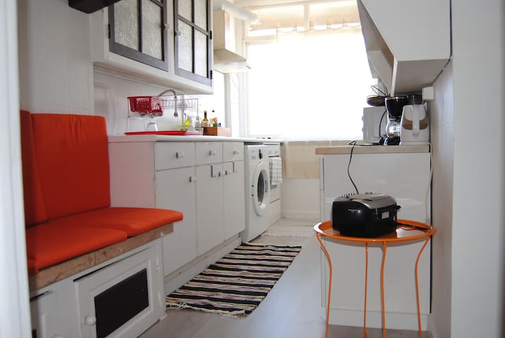 GREAT APART FOR 2 OR 3 WITH OPEN TERRACE, WIFI+TV - Lisboa - Apartment