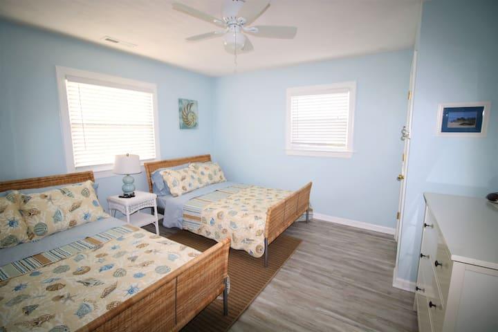 2nd floor- Bedroom 6- Two full