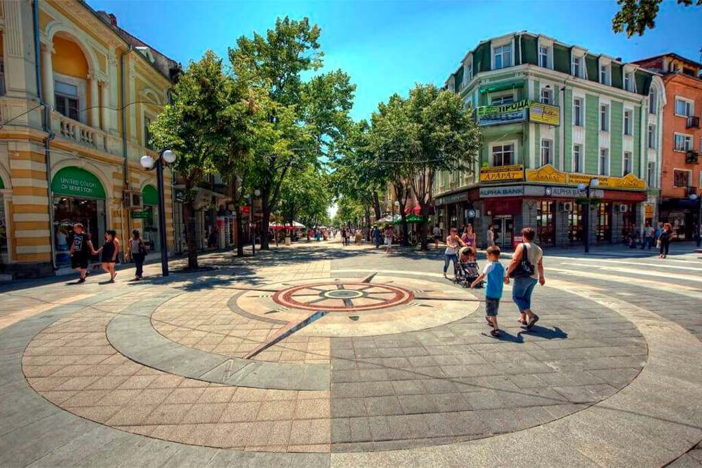 Aleksandrovska Street