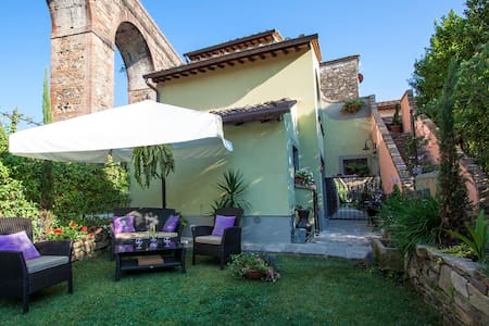 Lucca Smart Apartment with Pool - Lucca