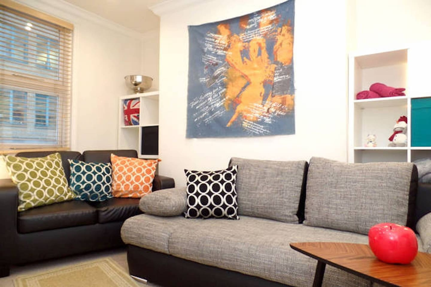budget family xxl clean 2bed2bath london eye safe apartments for