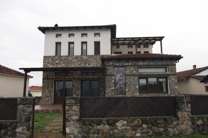A luxury mansion near Kerkini lake (Villa Oriana)