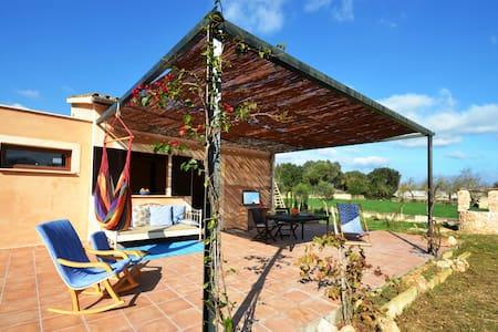 Cozy Villa with pool & bikes - Ariany