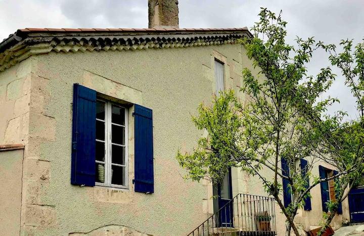 Gascon House in Poudenas