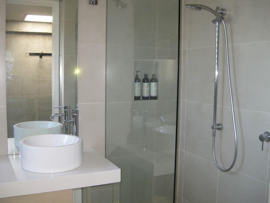 Bathroom with Sukin toiletries (seperate toilet)