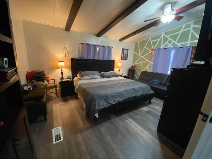 Desert Ridge Master Suite