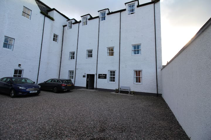 Darnaway Apartment, Town centre, Nairn