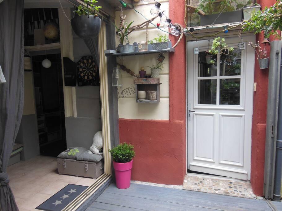 Echoppe bordelaise calme maisons louer bordeaux for Fumer dans la salle de bain