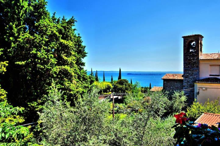 Casa Francesca - SUITE GROUND FLOOR - Gardone Riviera - Bed & Breakfast