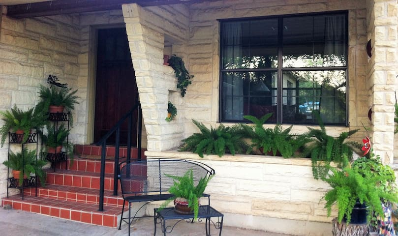The Guest House in North Central San Antonio