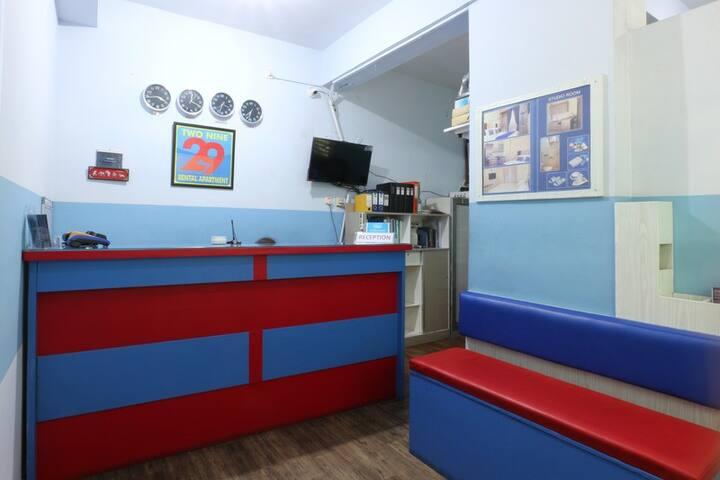 Spacious Studio Room by 29 Bekasi