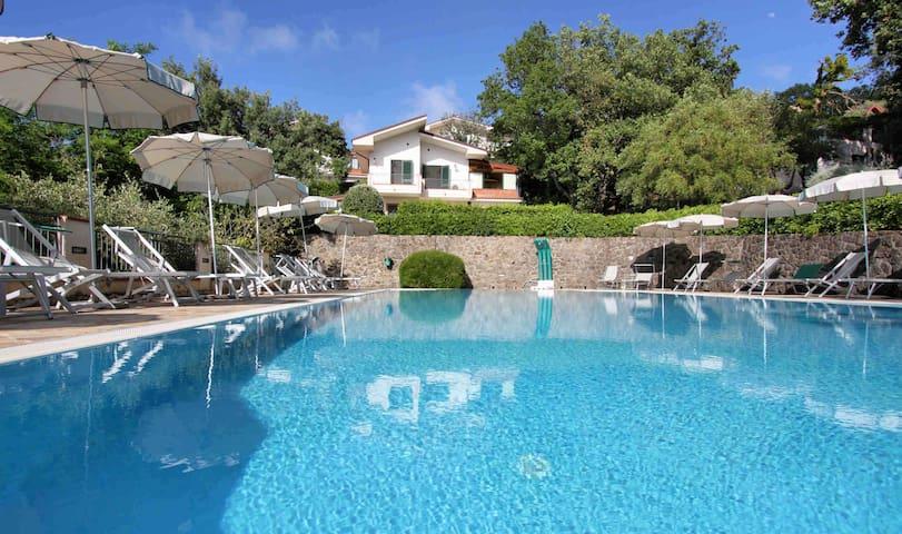 CASA GARDEN- residence avec piscine Sicile