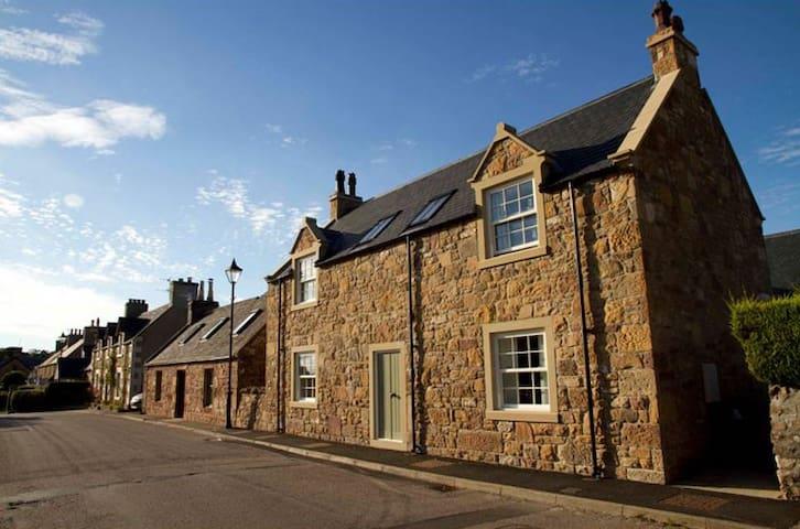 Frazier Cottage