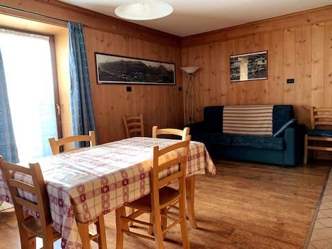 Casa Azzurra nel cuore di Livigno app. C