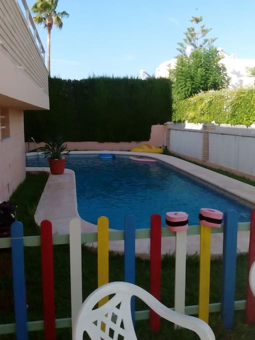 Planta baja cerca playa piscina privada y jardin apartamentos en alquiler en oliva comunidad - Camping en oliva con piscina ...