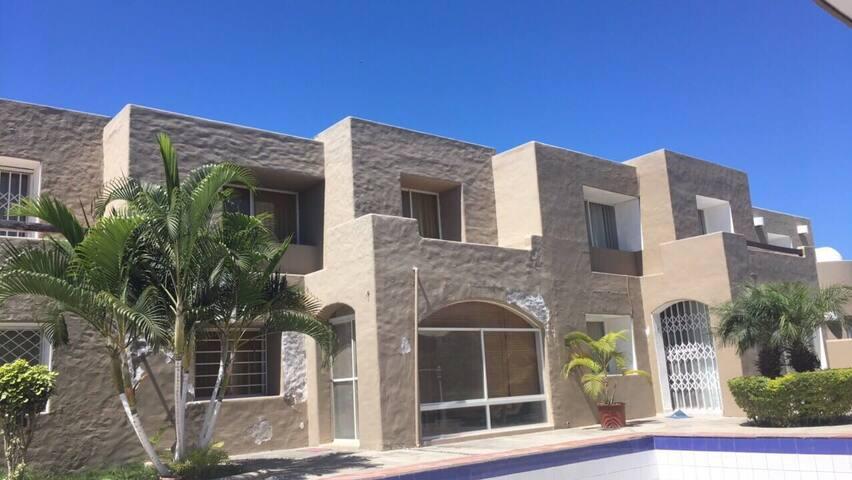 Dept 3hab a 2c Del Mar con piscina - Tonsupa - Apartamento