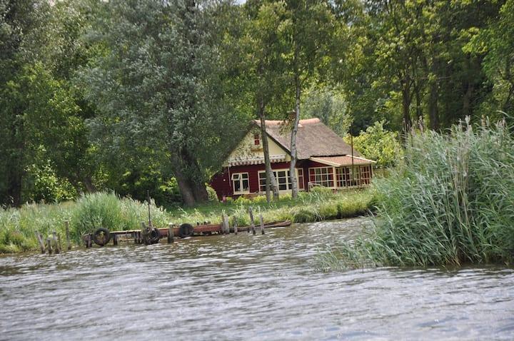 Toplocatie! Huis, zuidlaardermeer 1600 meter tuin