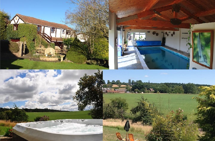 Cosy converted barn with hot tub & lovely views