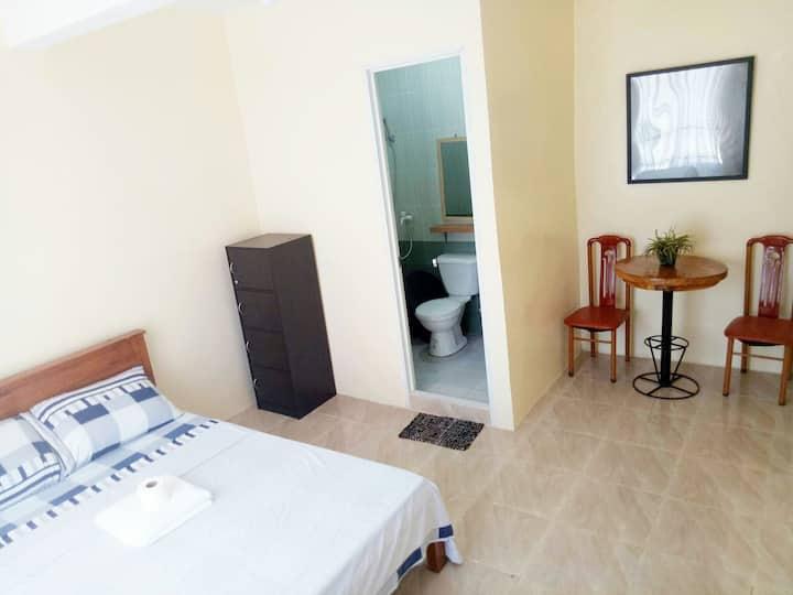 R & D Island Lodge Room #2- WIFI * AIRCON * SHOWER