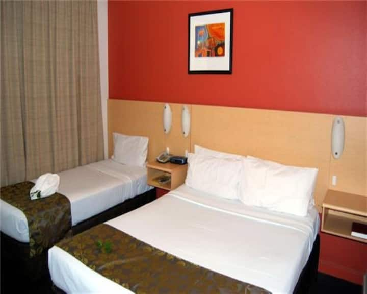 Queen & Single Room @ Aurora Hotel with access to Pool, Parking & Onsite Restaurant