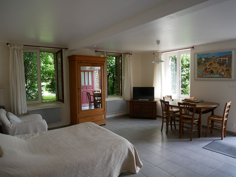 Chambre du0026#39;hu00f4te au corps de ferme - Maisons u00e0 louer u00e0 Cormolain ...