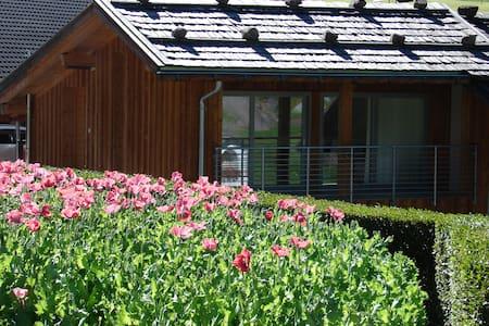 Neue Ferienwohnung in den Bergen - Castelrotto - Apartamento