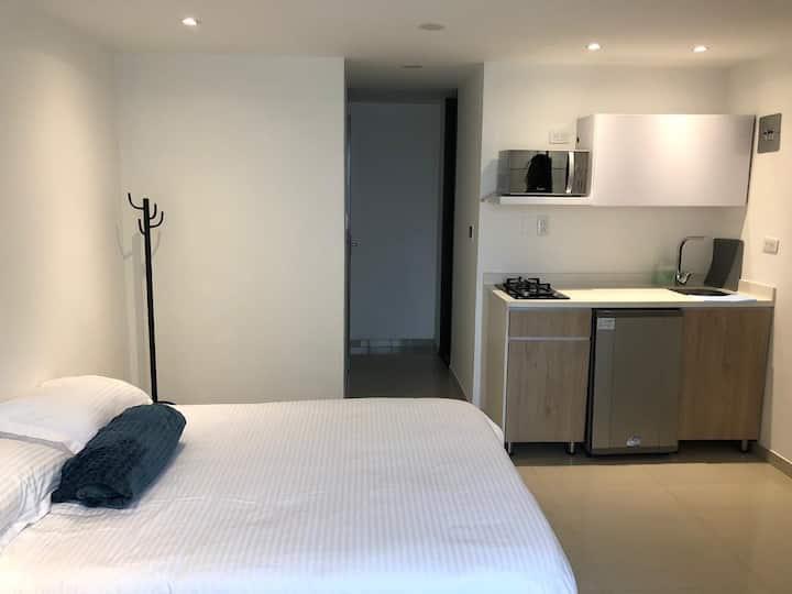 Confortable apartamento un solo ambiente, dotado.