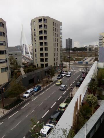 Vue exceptionnelle magnifique Pont ERIC TABARLY - Nantes - Appartement