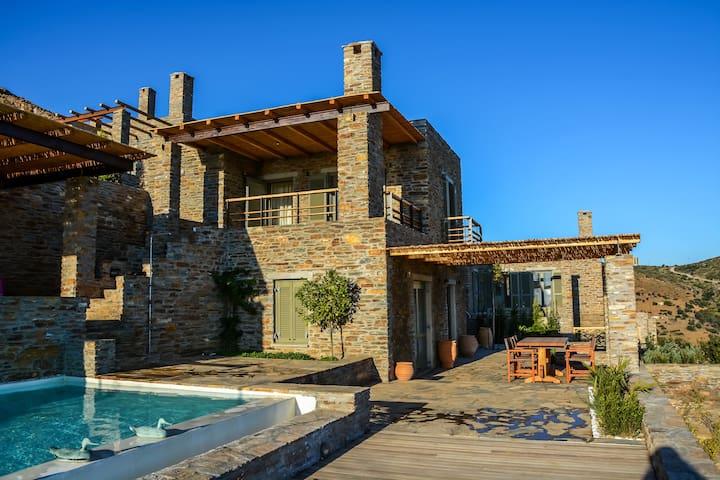 Andros Tessera Senior Villa