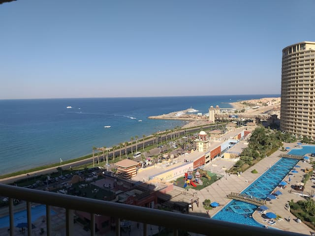 Porto Sokhna Pyramids  Sea View VIP Only