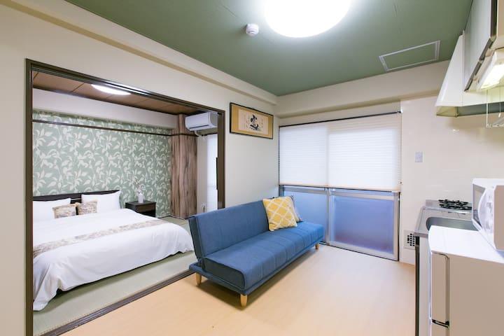 Base Hotel 411 :5 mins walk to Hiroshima Sta 5ppl
