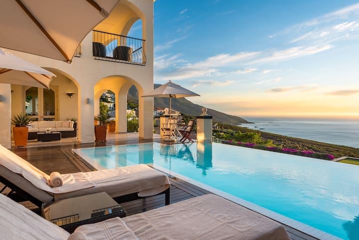 Villas Majestic Blue Dream. Full Service 24/7