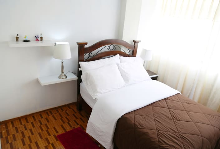 Free  Entrance Apartment -Two Double Beds
