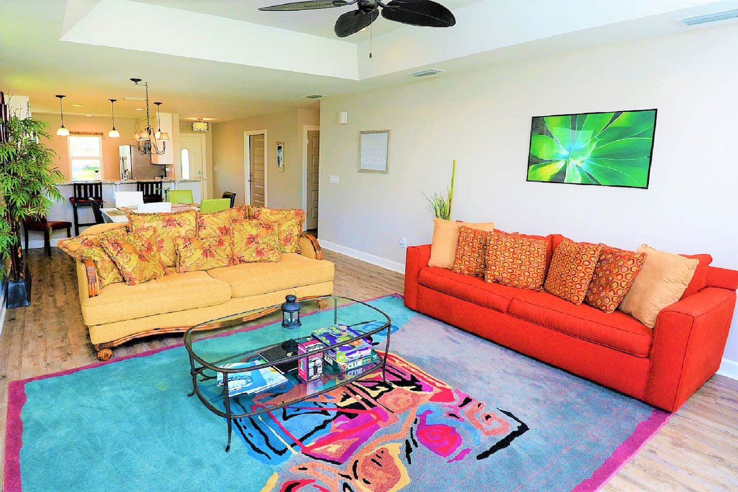 1400 interior square feet goes a long way. That's over 5 times the space of a typical hotel room. Add in the 2 covered porches and private backyard and you've got yourself a vacation home at the beach!