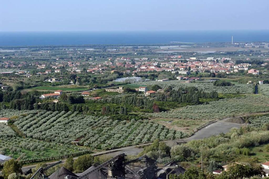 foto paronamica del comune di Curinga frazione Acconia a 3 km dal mare