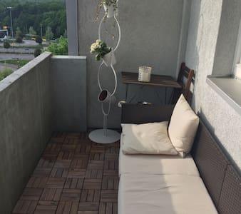 Hübsches Zimmer mit Balkon - Kiel