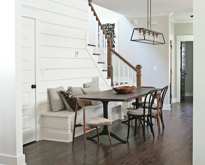 musicians farmhouse w 4 private sleeping rooms houses for rent in nashville tennessee. Black Bedroom Furniture Sets. Home Design Ideas