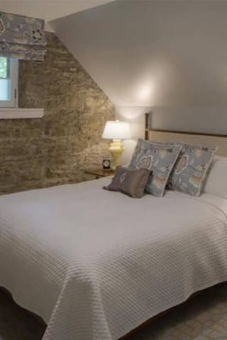 Granville Inn, 1 Bedroom Suite with 1 King Bed