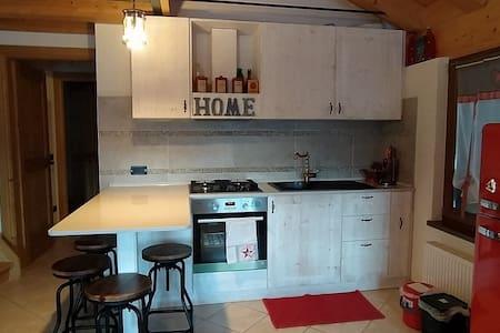 Appartamento+ mansarda per un sereno soggiorno