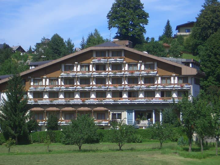 Cosy apartment with panorama in Latschach