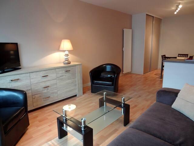 Appartement entièrement rénové - Royan - Apto. en complejo residencial