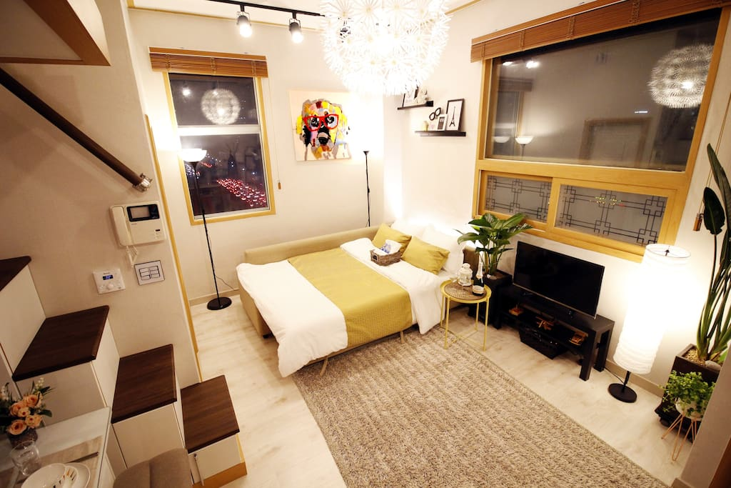 [#B] ★SALE★Cozy Duplex & Home Theater Near Hongdae ...