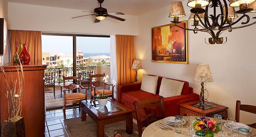 Oceanfront Luxury Apartment/ hotel suite