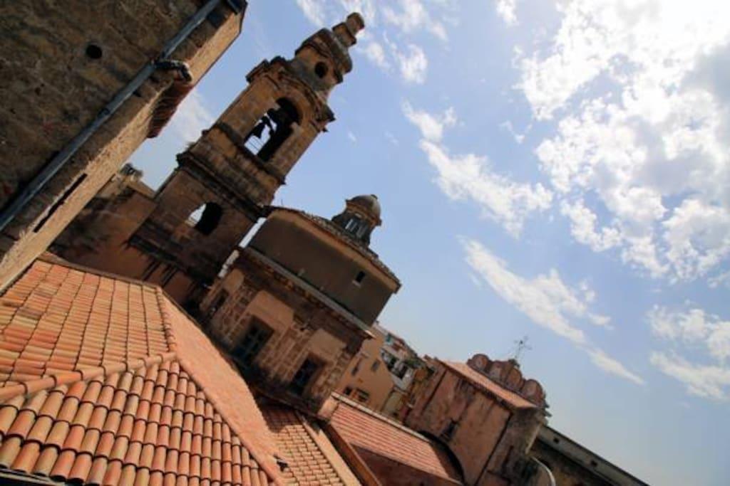 La splendida vista dall'Attico San Matteo che si trova nel cuore del centro storico di Palermo