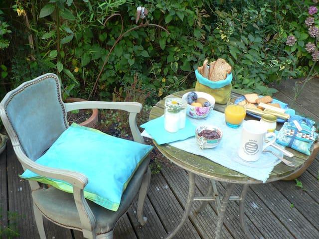 MAISON PROCHE DE LA PLAGE - Le Havre - Bed & Breakfast