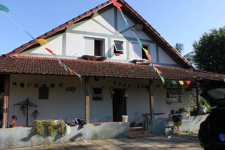 CASA DE CAMPO - LAZER E DESCANSO