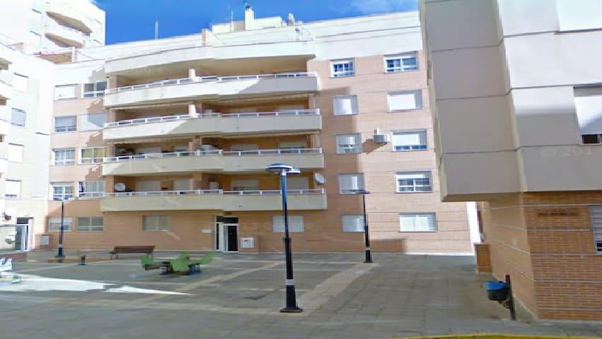Apartamento junto a la playa - Adra