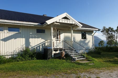 Saurhuset 66