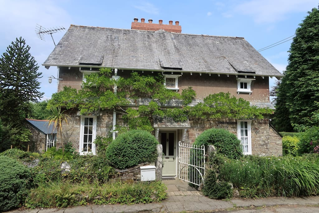 The historic cottage awaits you.  A hidden gem, away from  the unusual approach!!!