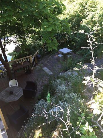 Fantastic apartment with garden - Nacka - House